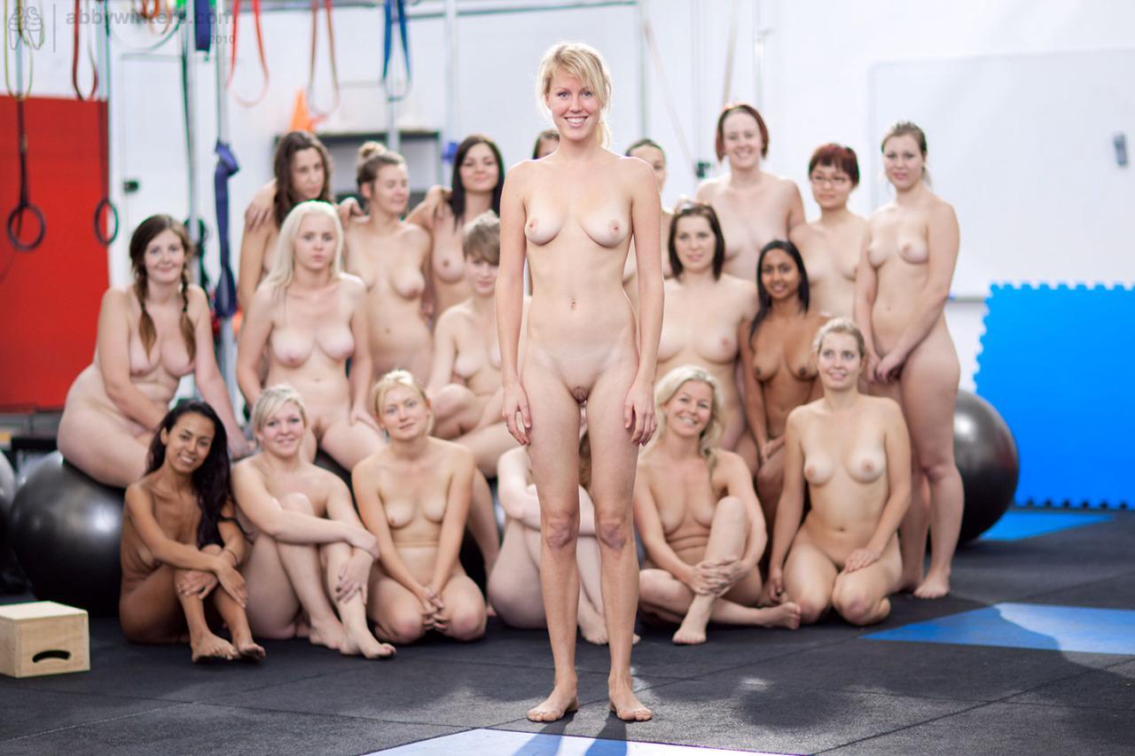 Голое порно шоу фото