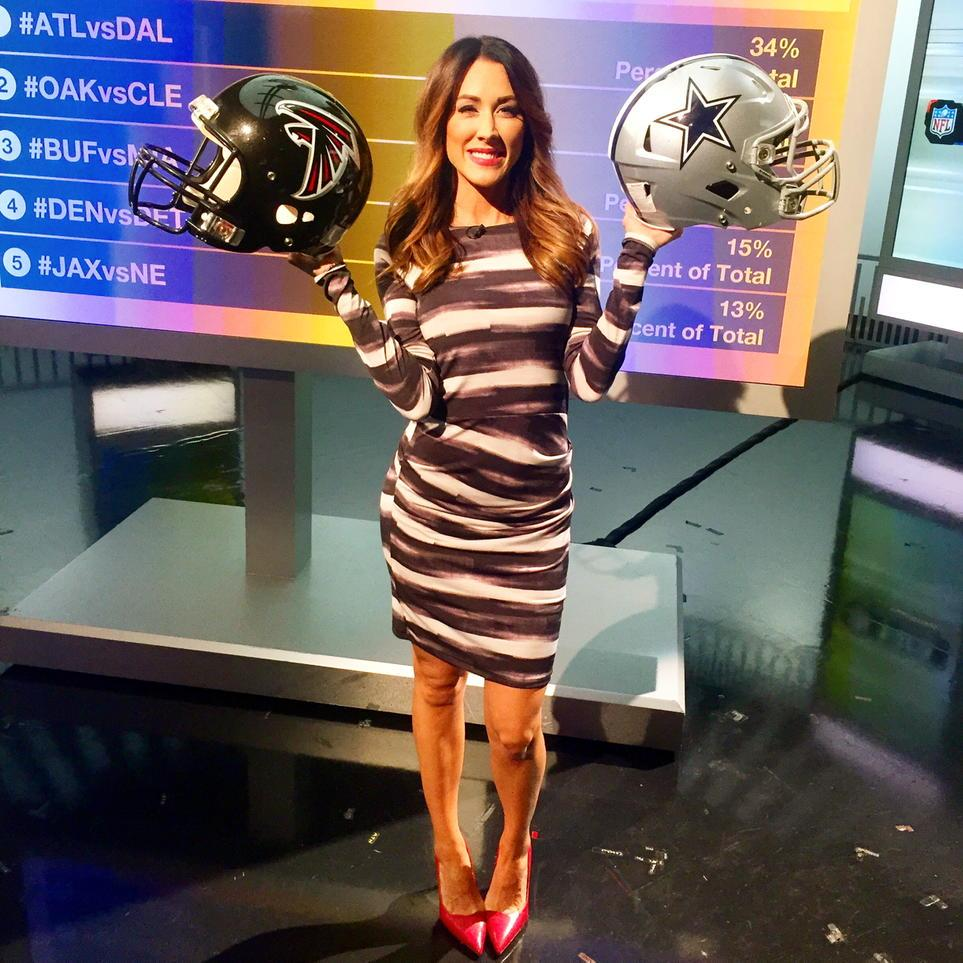 Sunday's #NFL matchup I'm most looking forward to is #ATLvsDAL! What's yours?! Tweet us @nflnetwork !! http://t.co/AnfCeeEBXQ