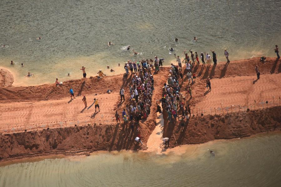 RT @AmazonWatch: #BeloMonte dam denied operating license by Brazilian regulators http://t.co/mhpAsWpYLN @mongabay @MikeG2001 http://t.co/7d…