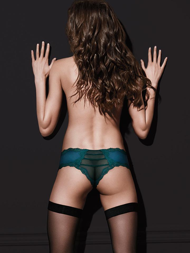 Truly. Madly. Cheeky. ???? http://t.co/2wR8DM3Ujc http://t.co/ntq7jnGCYZ