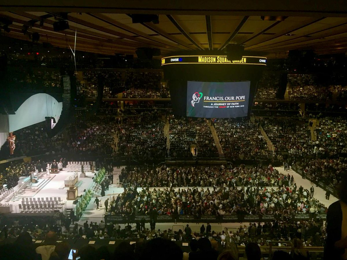 Pope Francis Leads Mass At Madison Square Garden Madison Square Garden New York Ny On 9 25