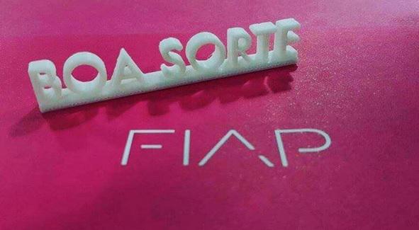 Uma boa sorte impressa em 3D para você que vai prestar o #vestibularfiap amanhã! #impressora3D #boasorte http://t.co/4k3Zw0Uxid