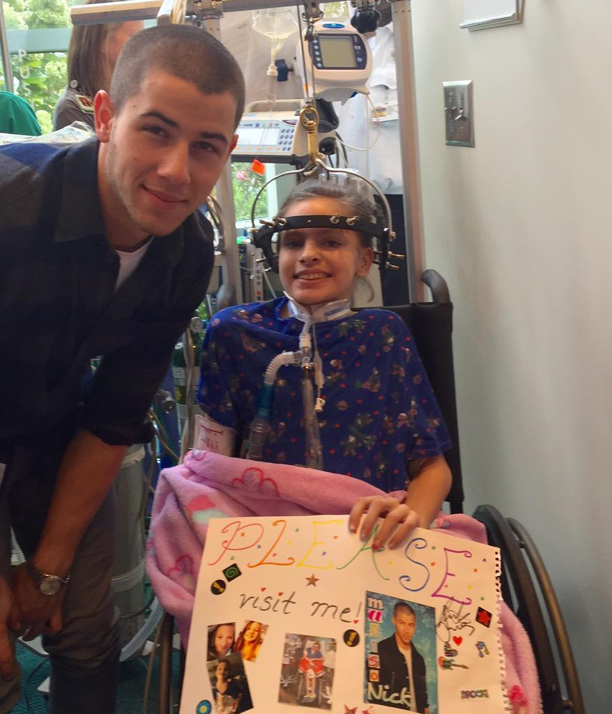Thank you, @nickjonas, for bringing joy to our patients' world today! http://t.co/6gaBEo4r5m