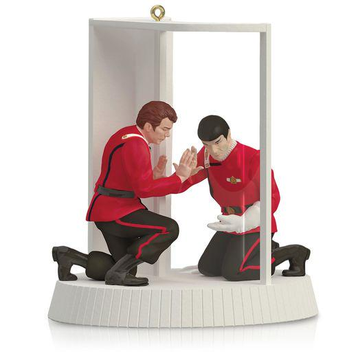 "Celebrate the spirit of Christmas with the ""Spock Dies From Radiation Poisoning"" ornament. http://t.co/MVbYwDmBB4 http://t.co/zh0SScyZOq"