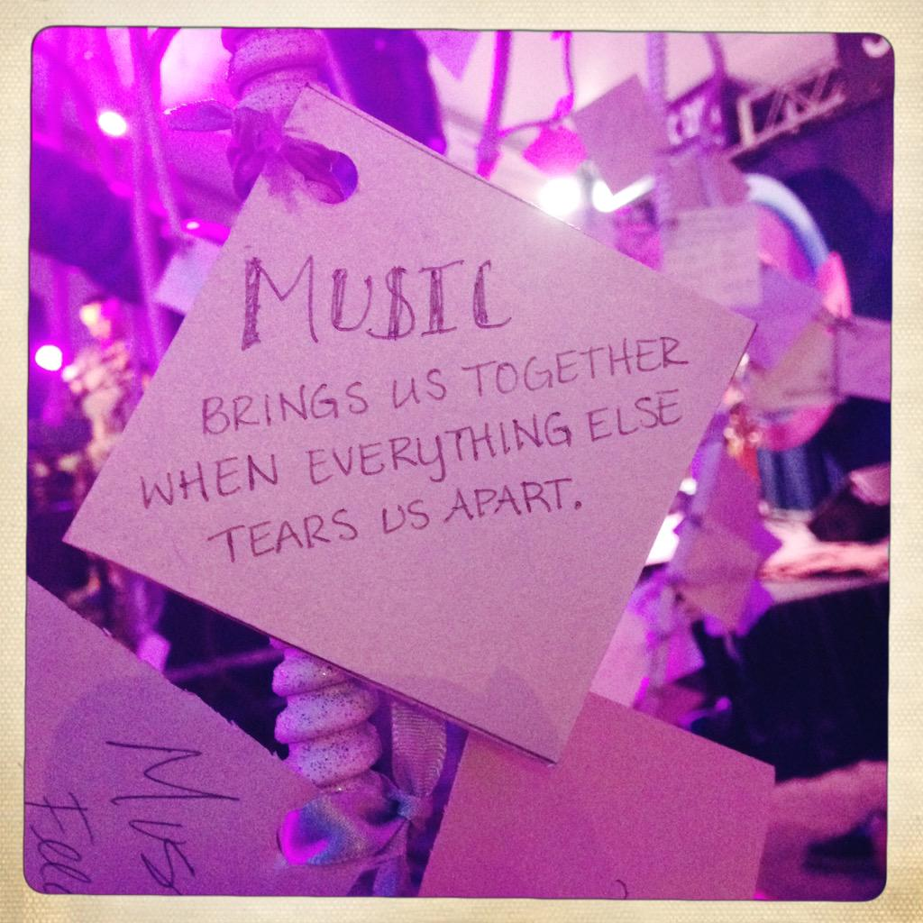 As usual, so much inspiration at @lifeisbeautiful this year. #toyotagiving http://t.co/Kve9RIcp5m