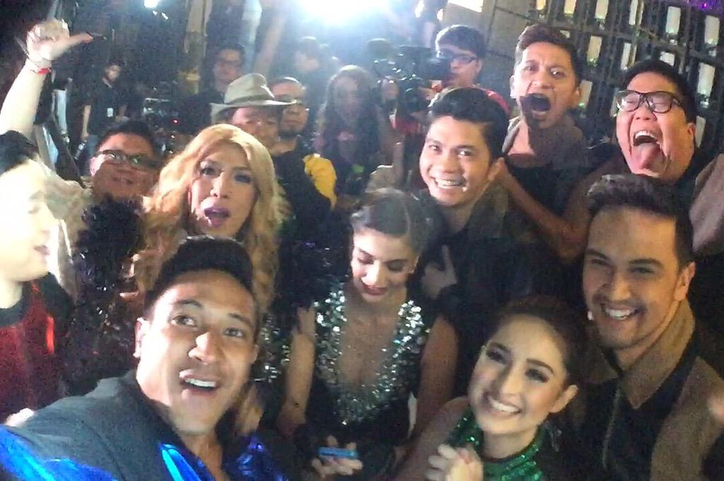 First of our Showtime Family Selfies today! @itsShowtimena #ShowtimeKapamilyaDay