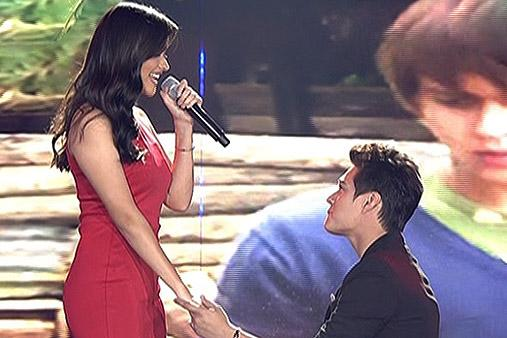 May forever! Enrique, Liza sing 'Forevermore' duet http://t.co/g73rW8eTJv #ShowtimeKapamilyaDay http://t.co/8qTmwtFFzn