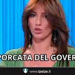 Il Governo Renzi pronto a salvare le banche con 30 miliardi di soldi pubblici http://t.co/wba0GOUjWV #FermiamoRenzi http://t.co/UPZzcydf4b