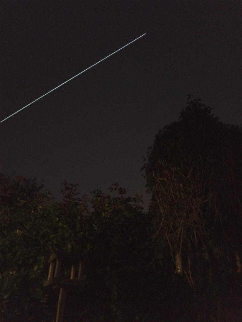 ISS just peeped out from the cloud in tube for us to see the flyby @VirtualAstro http://t.co/w1amo8D0Fq