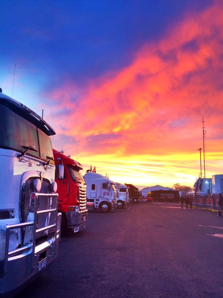 What a sky, what a track. Happy Bathurst day everyone . #V8SC http://t.co/H0QoXou67l
