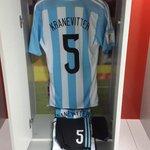 #Eliminatorias Matías Kranevitter, como en casa en el vestuario del Monumental http://t.co/c7XWpeZwzH