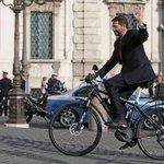 Ignazio #Marino si è dimesso, ecco la lettera: Posso ripensarci entro 20 giorni http://t.co/liUXKOcHbr http://t.co/6d10Sz5rs3