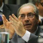Janot confirma à Câmara que Cunha e familiares têm contas secretas na Suíça http://t.co/hgFUx83hXC http://t.co/1j4r8AlwZ5