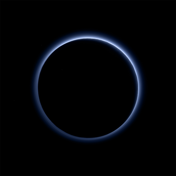 RT @WIRED: We now know Pluto has skies of blue and frozen water http://t.co/CVeLvGVidB http://t.co/N9Ugyxl53c