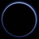 Nasa encontra água congelada e céu azul em Plutão http://t.co/nwkhcNfd9a http://t.co/2LmqclLt8y