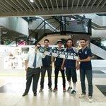 Nossos guerreiros já desembarcaram em Curitiba! E mesmo a mais de 2.600 km de Belém, o Fenômeno Azul está presente! http://t.co/AcyiQljztV