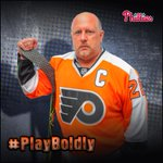#PlayBoldly Boys! Good luck in your season opener! Go @NHLFlyers! #BrotherlyLove #NHLFaceOff http://t.co/nQQJnth3Nf