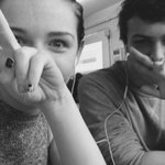 There are always funny photos when it comes to ailis and luke @luke_warmish http://t.co/cy8prBvZpf