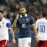 Increíble. Benzema se lesiona al marcar con Francia http://t.co/6wHpCwOBQo http://t.co/pQHEjNkUkQ