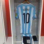 #Eliminatorias ¡En su indumentaria tiene que haber goles! @aguerosergiokun, con la pilcha lista http://t.co/cNEETsKCW6