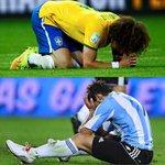Por primera vez en la historia, Argentina y Brasil han perdido el mismo día en las eliminatorias (@2010MisterChip) http://t.co/QtuEJzv4Lj