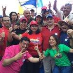 Este es el equipo solidario con nuestro Pdte @NicolasMaduro para la #VictoriaPerfecta en Lara http://t.co/0WyxDZqCHX