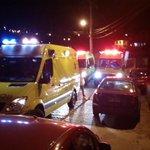 AMPLIA #valpo 01 aljibe Esval, 02 municipales y FFEE al lugar de la emergencia @biobio @reddeemergencia @ucvradio http://t.co/afPfRSKkie