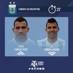 #Eliminatorias 22 PT: Primer cambio en Argentina. Ingresa @carlitos3210 Tevez en lugar de @aguerosergiokun. http://t.co/Ngw5PyFGo2