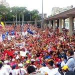 #ConMaduroGobiernaElPueblo por eso #HoyJuramosPorChavez en Barquisimeto http://t.co/ibkFfmv3df