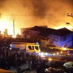 #Onemi declara #alertaroja por incendio en valparaiso http://t.co/lz4FmlLstX