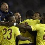 Ecuador sorprende al vencer 2-0 a Argentina en Buenos Aires. Mira los goles: http://t.co/9pNasbqm8U http://t.co/u2CvKMd8ui