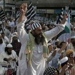 25 Ulemas To Be Banned In #Pakistan At #Muharram | READ: http://t.co/O0JK4aDaAK http://t.co/rEsBT2V6fq