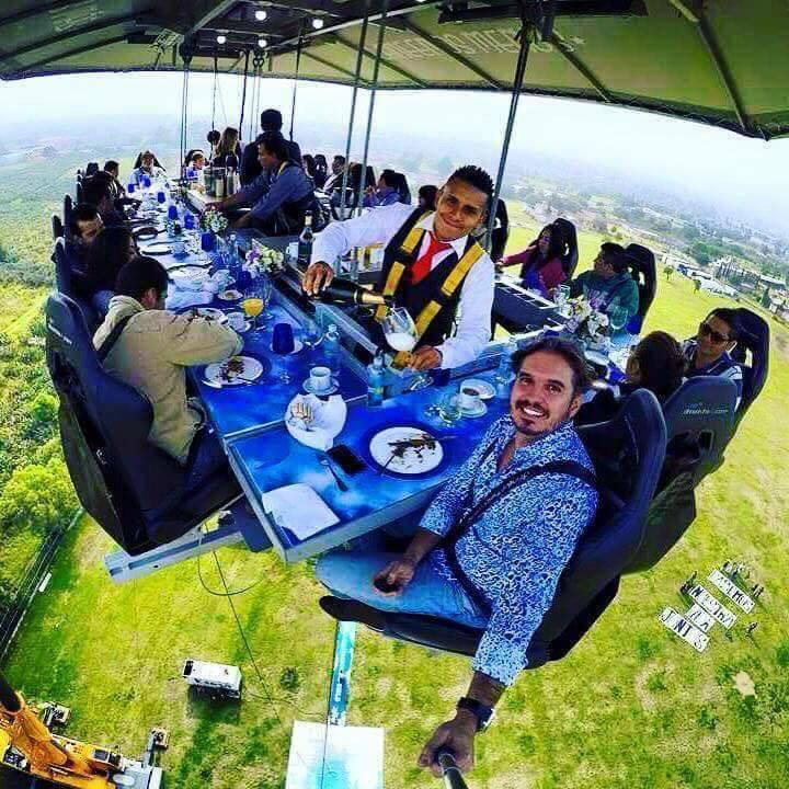 Dinner in the sky! http://t.co/3twdps72FH