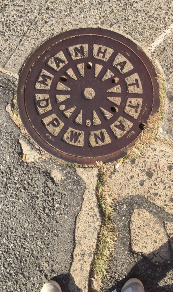 Manhattan manhole. http://t.co/6isGmmmDPe