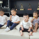 "#SongTriplets and #LeeDongGook's Children Meet for an Epic Episode of ""#SupermanReturns"" http://t.co/AlVi9tQ2oi http://t.co/CqN3FEYDF4"