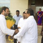 Warm welcome by @CMofKarnataka and senior party leaders at Kempegowda Airport, Bengaluru http://t.co/iPfXnZKbIP