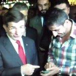 VİDEO | Taşeron işçi 'çözüm' istedi, Davutoğlu 'garipsedi': Taşeron ama telefonu var http://t.co/KQfHgqUfae http://t.co/FSptrPxAcT