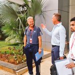 More shots from @FCPuneCity leaving for the match ! #PUN #KarPunekar http://t.co/j8mM5YkaOF