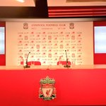 The arrival of Jurgen Klopp, the new #LFC manager, moments away http://t.co/qt5sNAWpeL