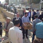 Merkez camii çıkışı cemaatimize tatlı ikramında bulunduk @A_Boynukalin @kurtcanc @mermeroglu06 http://t.co/5jxOz9cItc