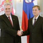 Председник Николић са премијером Словеније @MiroCerar #Srbija #Slovenija #saradnja http://t.co/MT3Z2smmgs http://t.co/aEM3m2fYfT