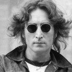 Un ícono: hoy John Lennon cumpliría 75 años ¿Cuál es tu canción favorita? http://t.co/EacDw1muXB http://t.co/55l46huQuc