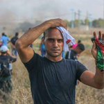 صور من المواجهات والاصابات قرب موقع ناحل عوز شرق #غزة المواجهة تزداد الله ينصركم يا شباب #انتفاضة http://t.co/ZaqH10au6h