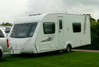 My stolen caravan: Swift/Archway Cranford 545. Could have headed north or south on A1, south on M11 or west on A14. http://t.co/ly0bmLXd1d