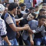 صور مواجهات شرق محافظات #غزة ارتفع عدد الشهداء الى خمسة برصاص جيش الاحتلال وأكثر من ثلاثين إصابة (وكالات) #لن_يقسم http://t.co/fVOWTuCKBa