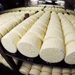 #RECALL @WholeFoods is recalling some of its cheese because of possible listeria contamination http://t.co/AxzW3qpwcU http://t.co/voTX1U3L4E