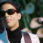 While you were sleeping: Prince serenaded Madonna at a late-night Paisley Park gig http://t.co/HmxzNh6oni http://t.co/PoLekhrSTI