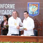 En el IV Informe de actividades del rector de la @UACam_Avanza, Gerardo Montero Pérez. http://t.co/LXzmlna0Dd