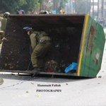 #صورة: الشخص المناسب في المكان المناسب. #فلسطين #فلسطين_تنتفض #انتفاضة_القدس #الانتفاضة_انطلقت http://t.co/lyPnwz5BFW