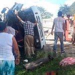 Suman 16 las víctimas en accidente entre microbús y unidad de Bomberos en Yoro. #Honduras http://t.co/5ZVDu2r804